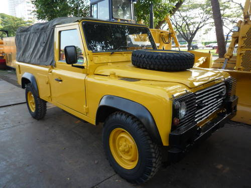 1985 LAND ROVER DEFENDER 110 SOFT TOP For Sale (picture 2 of 6)