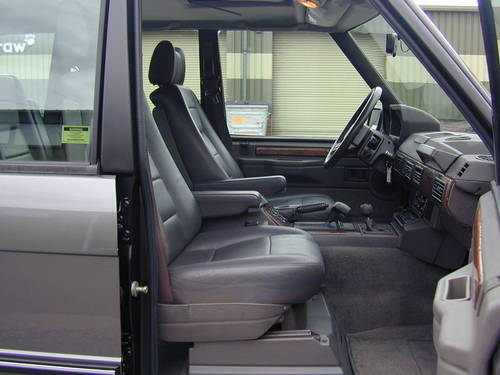 1990 RANGE ROVER CLASSIC 3.9 LHD - COLLECTOR QUALITY - CHOICE For Sale (picture 4 of 6)