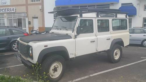 LAND ROVER DEFENDER 110 LHD 1998 For Sale (picture 1 of 6)