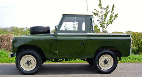 1964 LAND ROVER SERIES IIA SWB / 88 SOLD (picture 3 of 6)