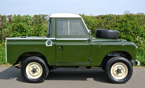 1964 LAND ROVER SERIES IIA SWB / 88 SOLD (picture 4 of 6)