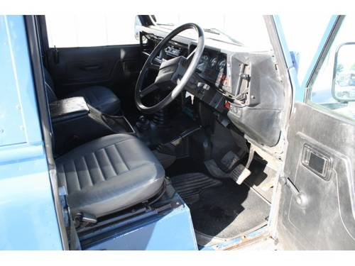 1985 Land Rover Defender 2.5 TDI For Sale (picture 3 of 6)