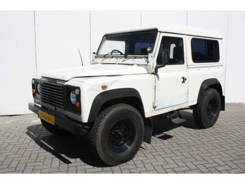 1986 Land Rover Defender 90 2.5 TD 4X4 For Sale (picture 1 of 6)