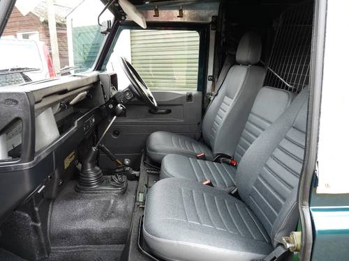 2000 Land Rover Defender 90 Soft top SOLD (picture 3 of 6)