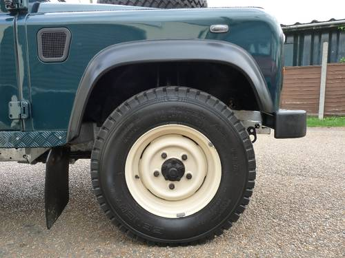 2000 Land Rover Defender 90 Soft top SOLD (picture 4 of 6)