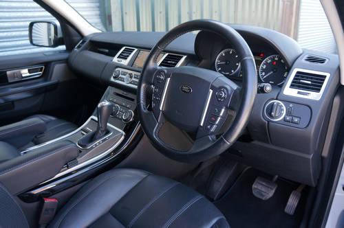 2011 Range Rover Sport HSE 3.0 TDV6, 84k, Black Leather, FSH. SOLD (picture 4 of 6)