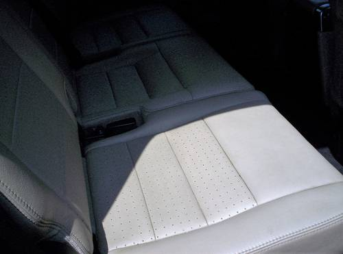 2009 DISCOVERY 3 XS FULL LEATHER AND FACTORY SATNAV SOLD (picture 4 of 6)
