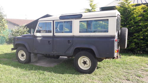 1984 LAND ROVER 110 V8  SOLD (picture 2 of 6)