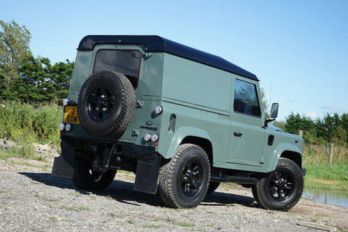 Land Rover Defender 90 2.2 TDCi 2012 WILLIAMS EDITION SOLD (picture 3 of 6)