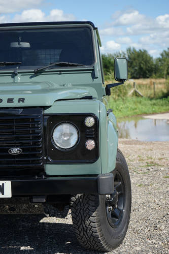 Land Rover Defender 90 2.2 TDCi 2012 WILLIAMS EDITION SOLD (picture 4 of 6)