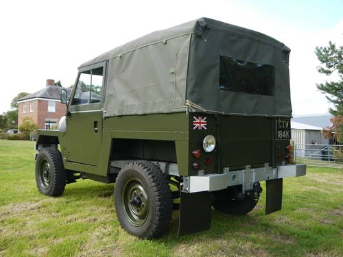 1971 Land Rover Lightweight 2.25D SOLD (picture 4 of 6)