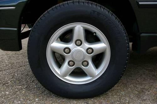1995 Range Rover CLASSIC 3.9 V8 Auto SWB (60,414 miles) SOLD (picture 5 of 6)