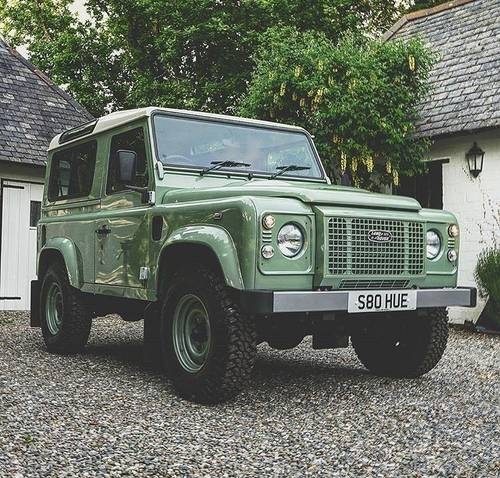 Land Rover 90 Defender 2.2TD 2016MY Heritage Edition SOLD (picture 1 of 5)