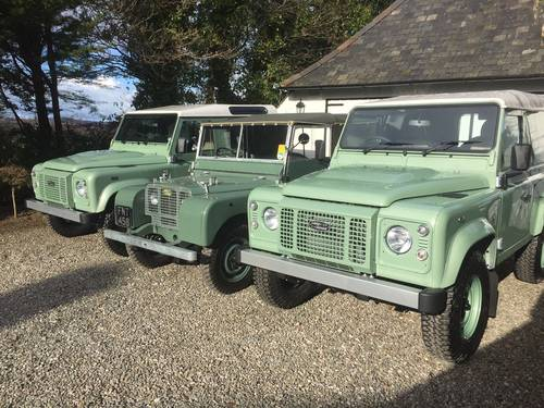 Land Rover 90 Defender 2.2TD 2016MY Heritage Edition SOLD (picture 3 of 5)