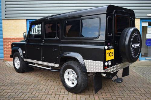2011 Defender 110 XS 7-Seater SOLD (picture 2 of 6)