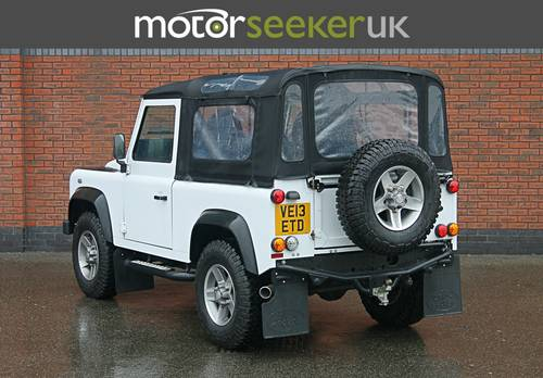Land Rover Defender 2.2 Soft Top 90 edition only 4900 miles  For Sale (picture 3 of 6)