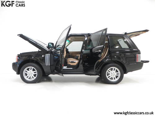 2006 A Near Perfect Range Rover TD6 Vogue SE with 16,589 Miles SOLD (picture 3 of 6)