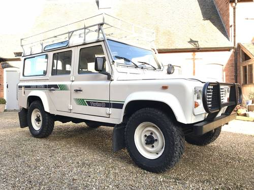 Land Rover Defender LHD 1990 USA Exportable For Sale (picture 1 of 6)