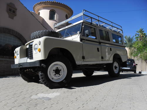 Classic Land Rover 109 Series III 4x4 1974 For Sale (picture 1 of 6)