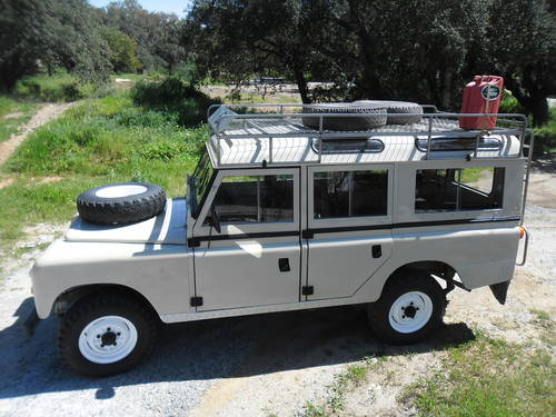 Classic Land Rover 109 Series III 4x4 1974 For Sale (picture 3 of 6)