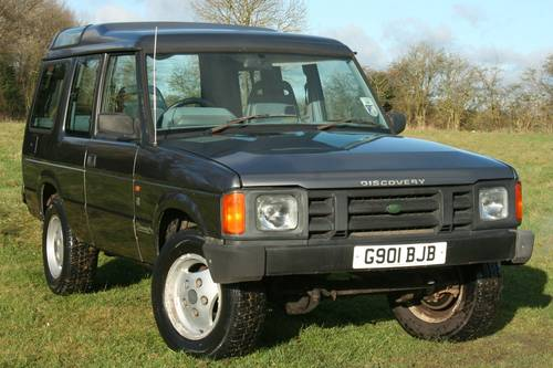 1990 Land Rover Discovery 3 5 V8 Manual SOLD | Car And Classic