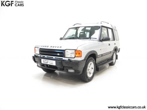 1998 A Fabulous Land Rover Discovery XS 300Tdi Series One SOLD (picture 2 of 6)