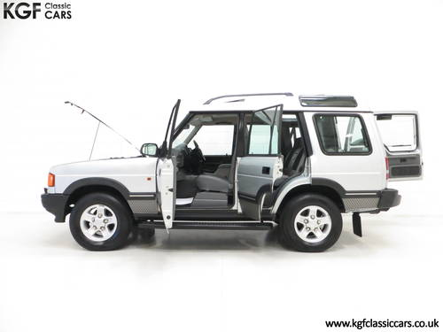 1998 A Fabulous Land Rover Discovery XS 300Tdi Series One SOLD (picture 3 of 6)