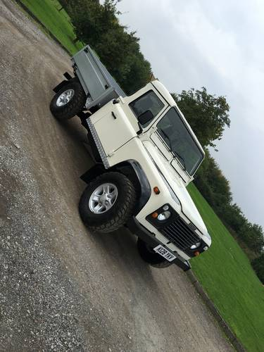 1992 110 V8 Defender Pick Up - Original LHD - USA EXPORTABLE For Sale (picture 2 of 6)