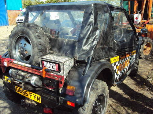range rover treker 3.9 v8 twin winches swap up down w.h.y ? For Sale (picture 3 of 6)