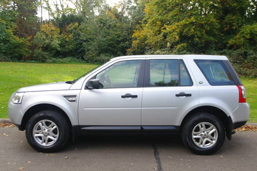 LANDROVER FREELANDER 2 TD4 E-S..16,000 MILES! 1 OWNER.. FSH SOLD (picture 1 of 6)