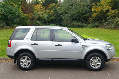 LANDROVER FREELANDER 2 TD4 E-S..16,000 MILES! 1 OWNER.. FSH SOLD (picture 6 of 6)
