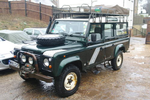 LAND ROVER DEFENDER 110 COUNTY.. EXPEDITION EXTRAS.. BARGAIN SOLD (picture 2 of 6)