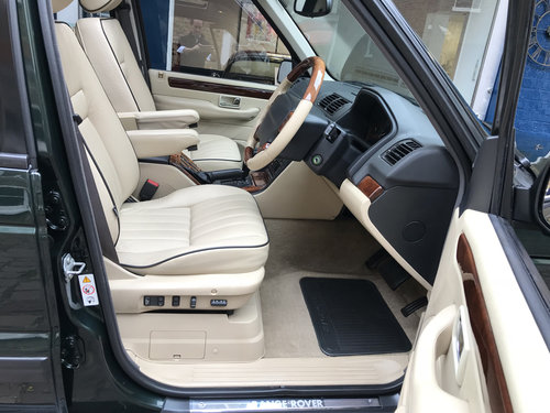 1999 Range Rover 4.6 Vogue HSE - 46.000 miles only SOLD (picture 4 of 6)