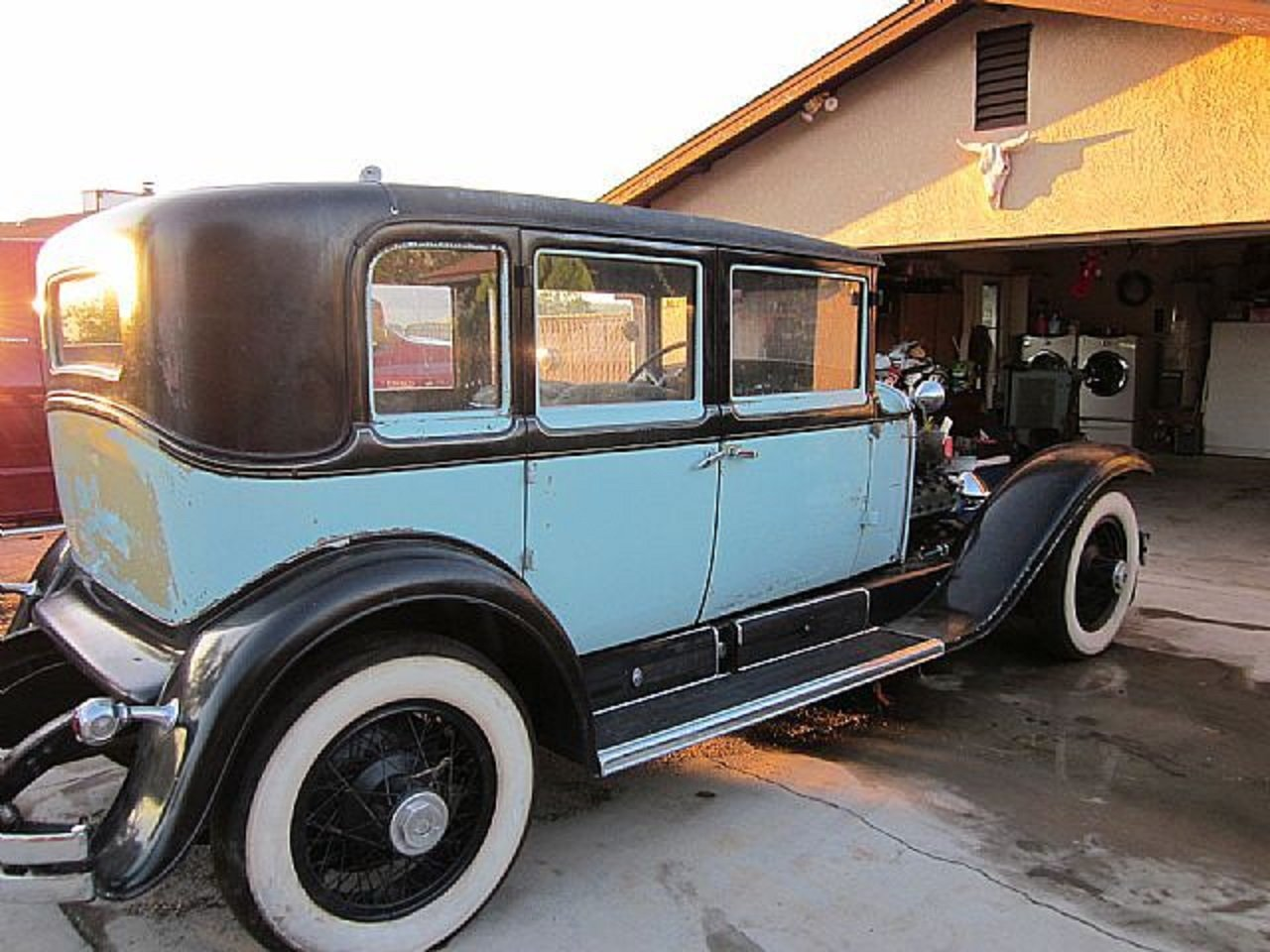 1928 LaSalle 4DR Sedan For Sale (picture 1 of 6)