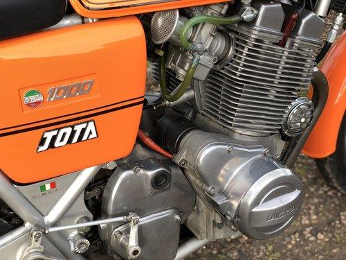 Laverda 180 Jota 1980 1000cc SOLD (picture 5 of 6)