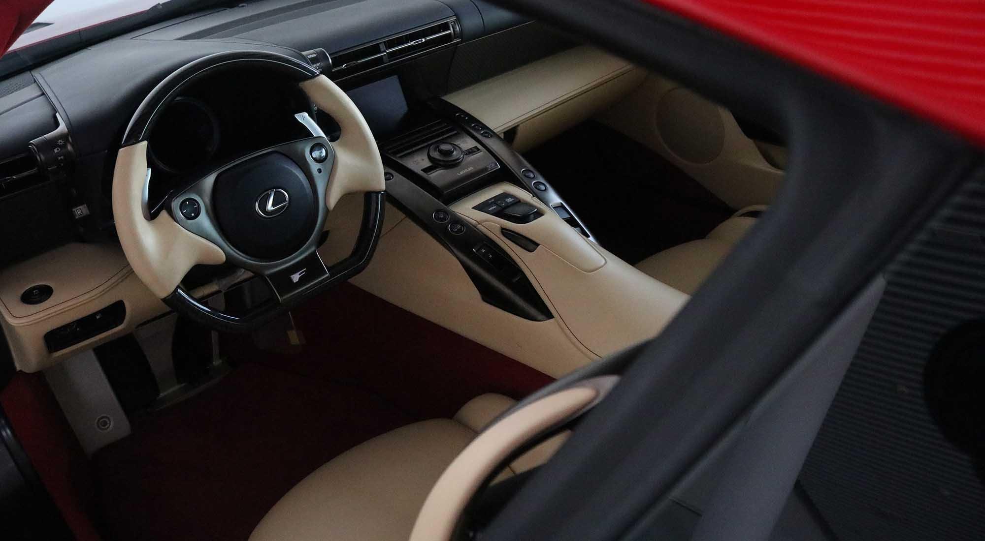 Lexus LFA (2012) For Sale (picture 5 of 6)