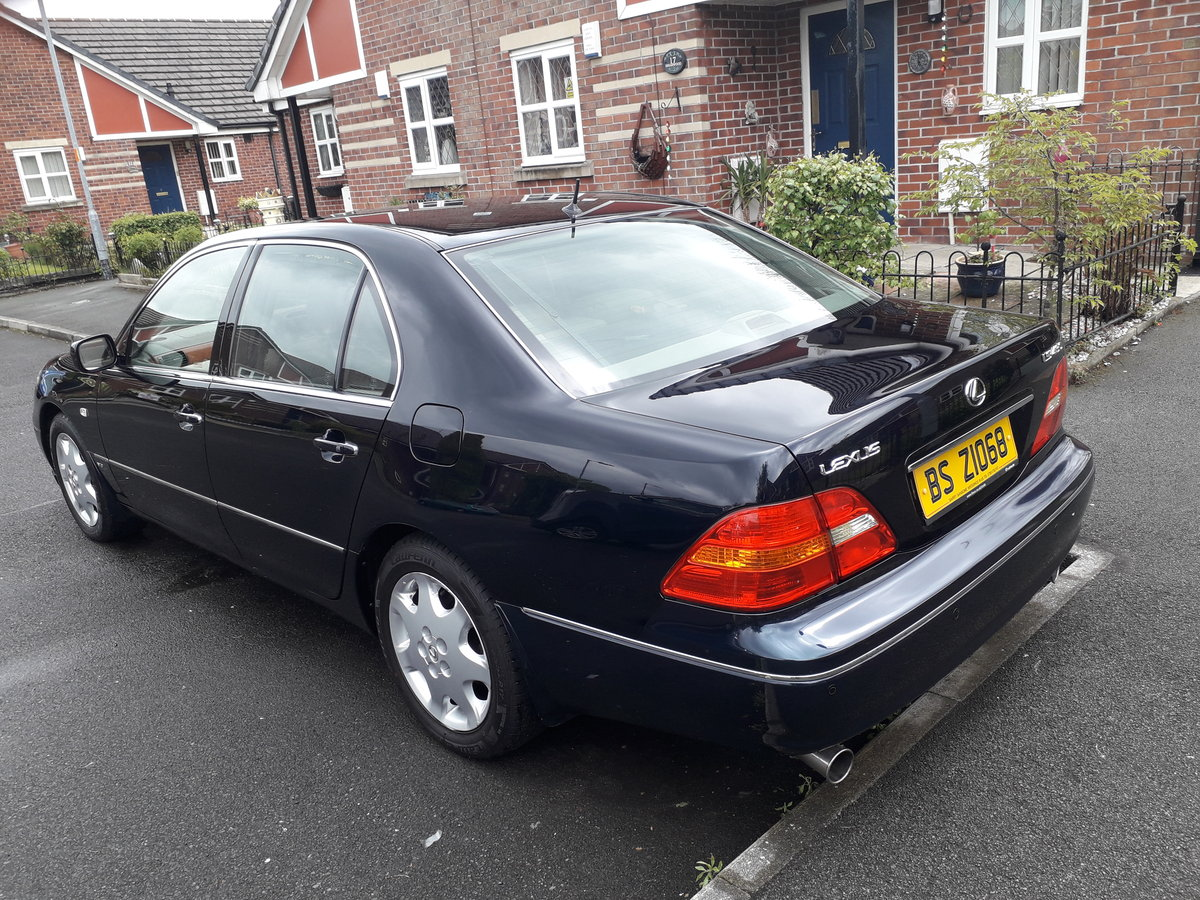2003 is this the most pampered Lexus ls430 in the u.k ? For Sale (picture 3 of 6)
