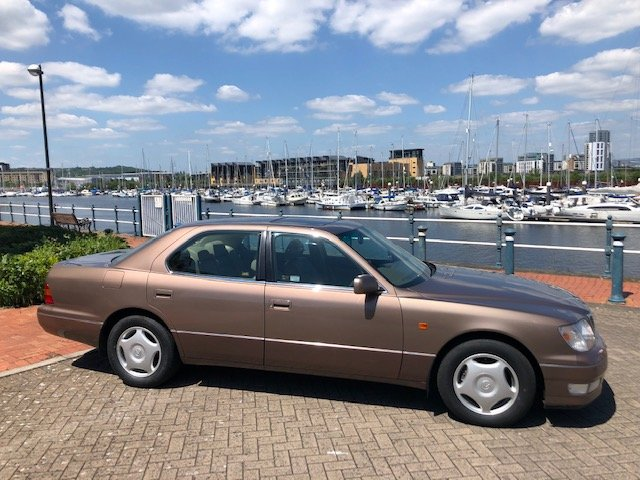 1997 STUNNING LOW MILEAGE 2 OWNER LEXUS LS400! For Sale (picture 2 of 6)