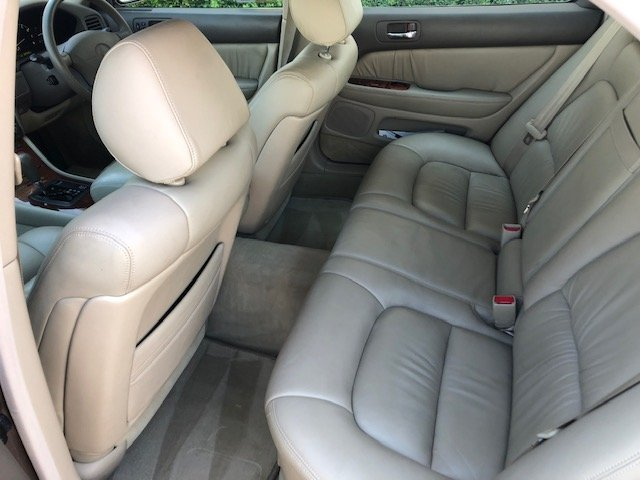 1997 STUNNING LOW MILEAGE 2 OWNER LEXUS LS400! For Sale (picture 5 of 6)