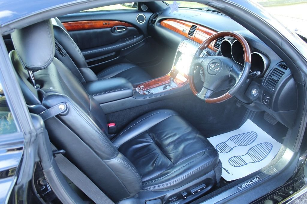2007 Beautiful Lexus SC430 Auto Convertible For Sale (picture 2 of 6)