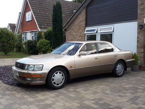 1993 Lexus LS400 been in the same family from new