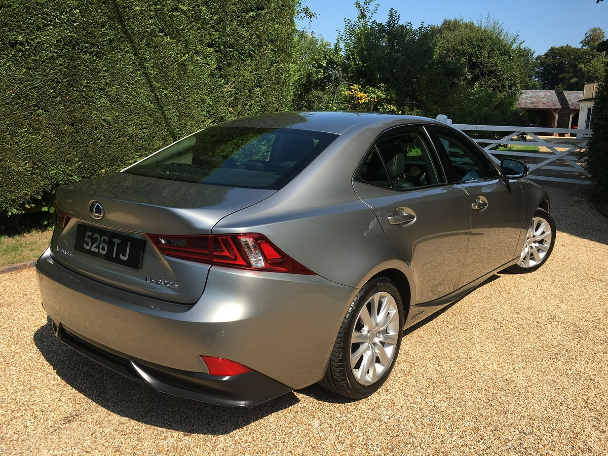 2013 Lexus IS 300h Auto Navigation For Sale (picture 2 of 6)
