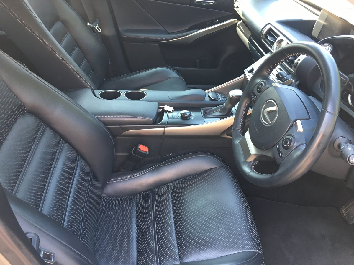 2013 Lexus IS 300h Auto Navigation For Sale (picture 3 of 6)