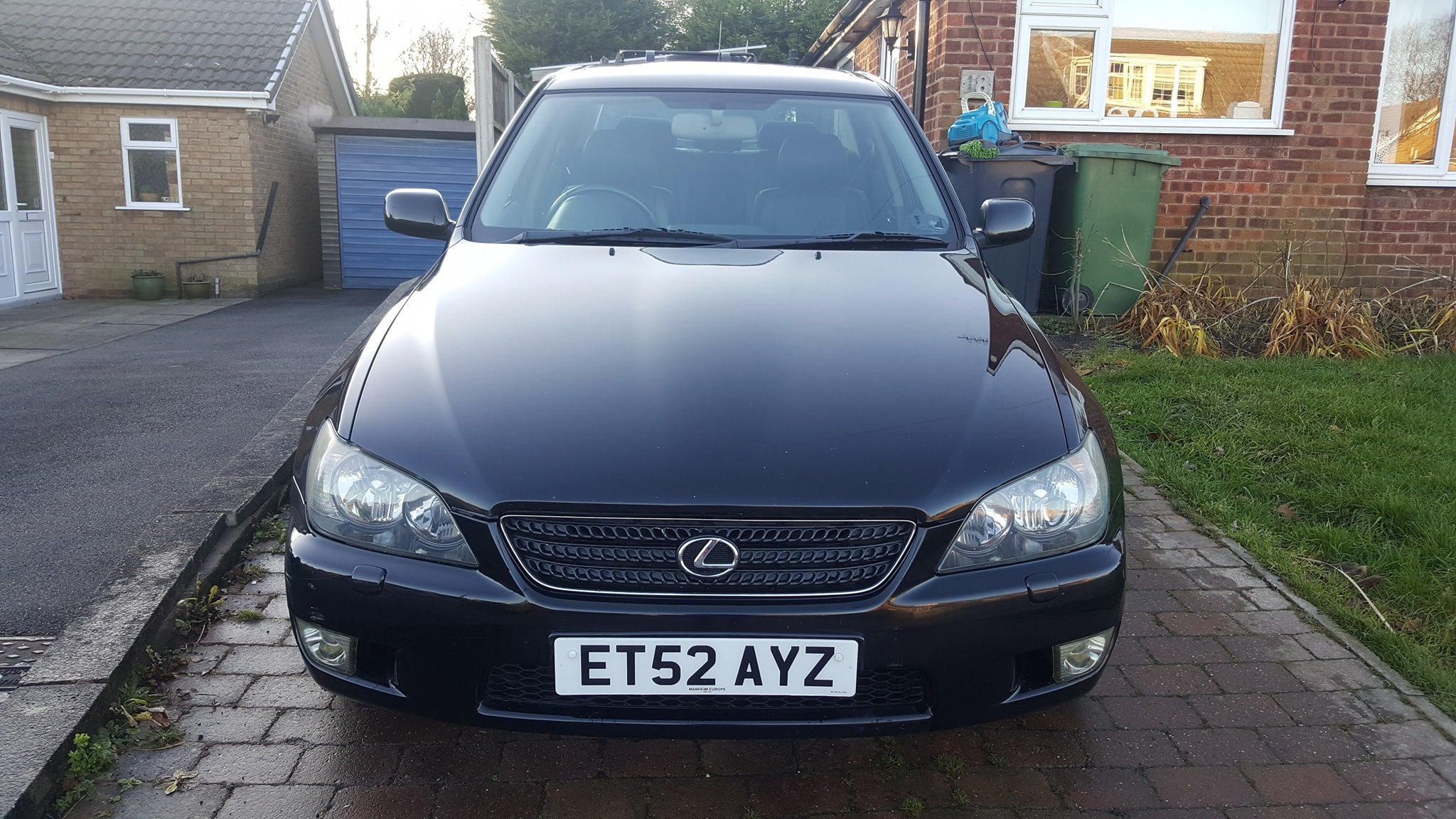 2002 lexus is300 100k miles in black 12 months MOT For Sale (picture 6 of 6)