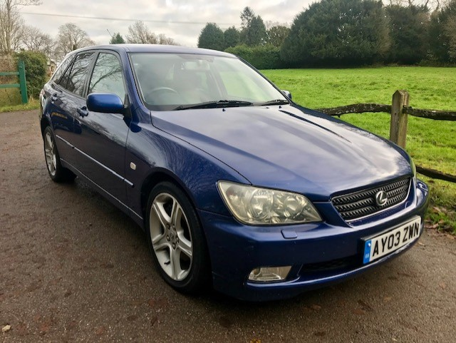 Lexus IS300 Sportcross (Estate) 2003 (03) Only 71,000 Miles For Sale (picture 1 of 6)