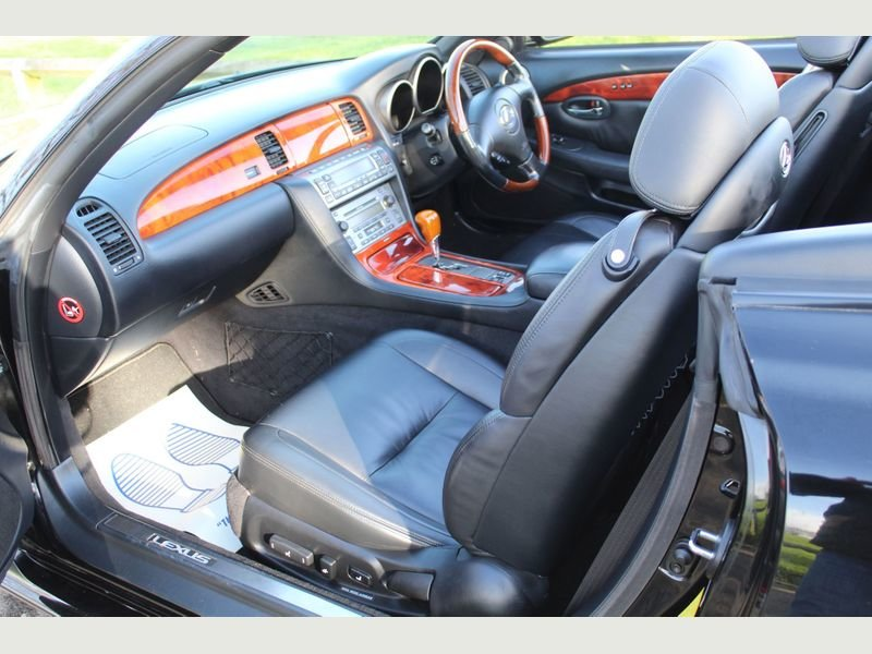 2007 Lexus SC 430 Beautiful Genuine Low Mileage Example For Sale (picture 2 of 6)