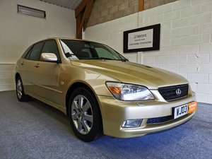Lexus IS200 2.0 Sportcross *MOT'd 04/03/21*