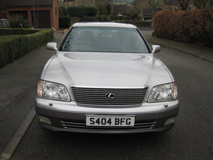 1998 LEXUS ls 400 4.O L V 8