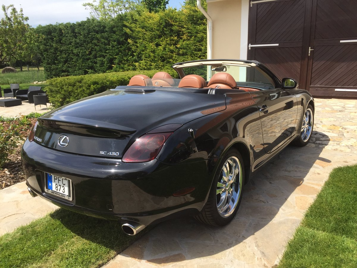 2003 Lexus SC430 Luxury Sports Car For Sale (picture 5 of 6)