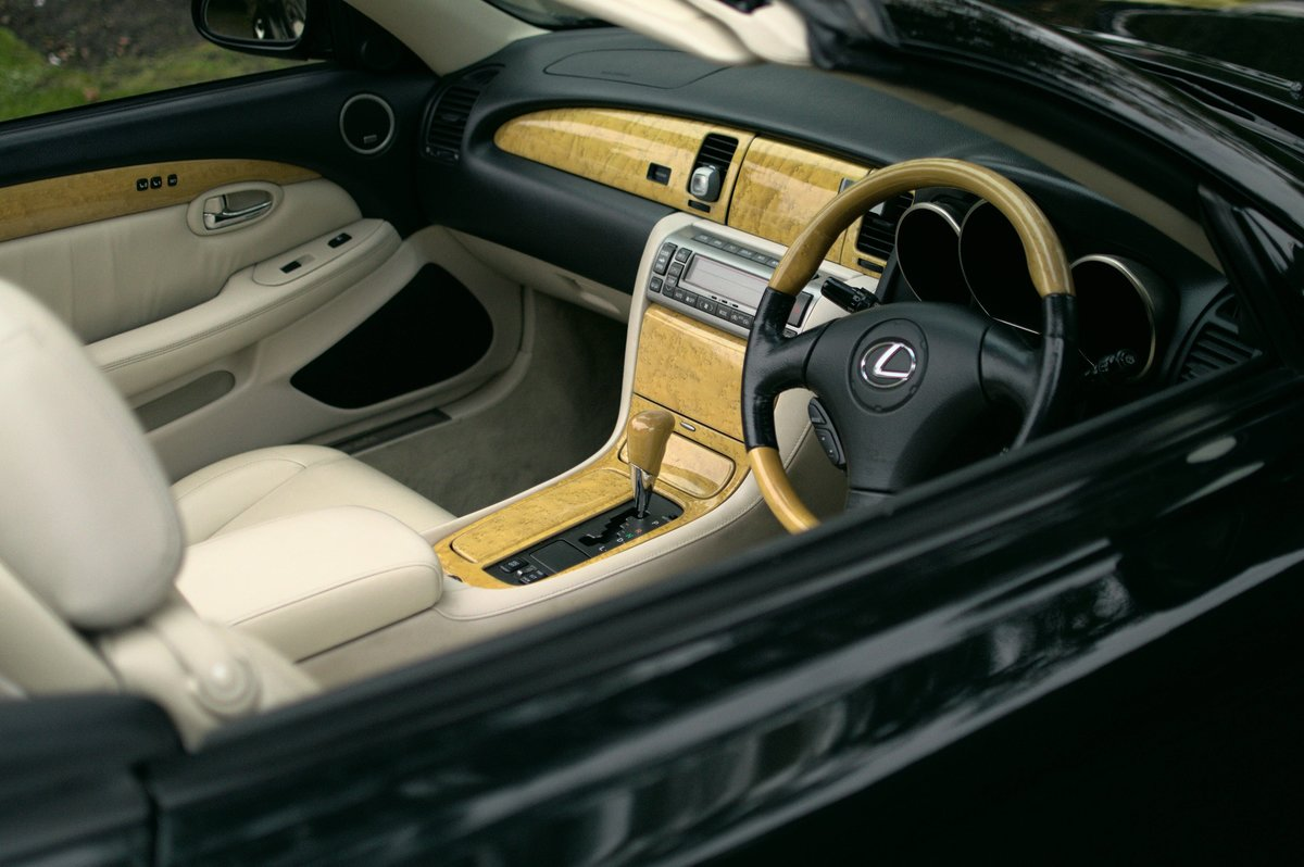 2002 Lexus SC430 Rare Sheldon Green / Rutland Leather For Sale (picture 3 of 6)